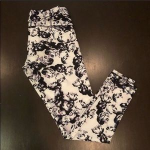 Strut-This Floral Patterned Athletic Leggings Lg